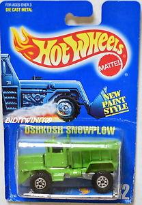 【送料無料】模型車 モデルカー スポーツカー hot wheels 1989 blue card oshkosh snowplow error no plow 42 w