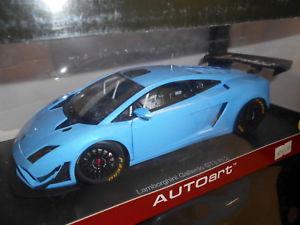 【送料無料】模型車 モデルカー スポーツカー ランボルギーニガヤルドグアテマラaa81359 by autoart lamborghini gallardo gt3 fl2 118