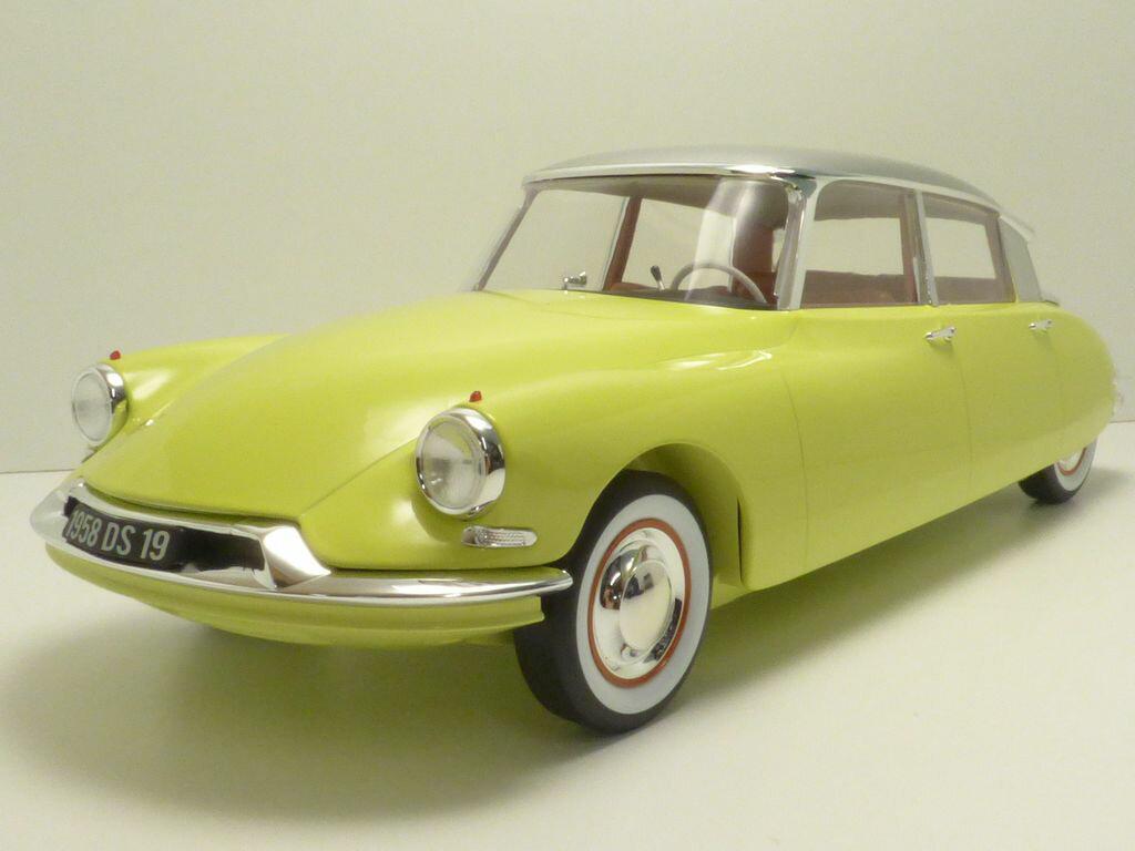 車・バイク, レーシングカー  citroen ds19 jaune jonquille toit gris triennale 1958 112
