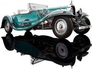 【送料無料】模型車 モデルカー スポーツカー ブガッティロードスターグリーンモデルビルダーbugatti esders roadster 1932 green 118 model bauer