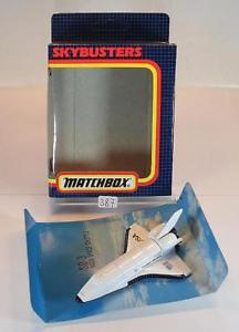 【送料無料】模型車 モデルカー スポーツカー マッチエステルスペースシャトル#matchbox skybusters skybusters sb3 space shuttle nasa nr 2 ovp 387