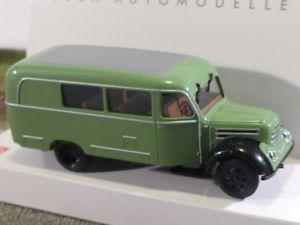【送料無料】模型車 モデルカー スポーツカー ブッシュステーションワゴングリーン187 busch robur garant k 30 kombiwagen grn 51850