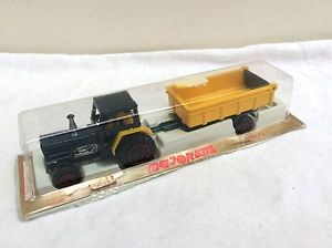 車・バイク, レーシングカー  majorette tractor and trailer boxed