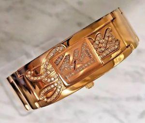 【送料無料】 guess w12097l1 signature gold color crystal ladies bracelet watch logo