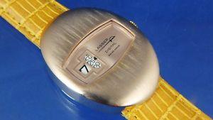 【送料無料】vintage nos lasser by ravisa jump hour digital watch circa 1970s swiss serviced