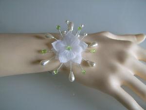 【送料無料】ブレスレット アクセサリ— ホワイトブレスレットグリーンアニスフラワーパールオリジナルドレスイブニングwhite bracelet green anis flower pearl original pr wedding dresseveningwedding