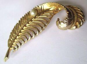 【送料無料】アクセサリー ネックレスブローチヴィンテージリリーフbroche ancien bijou vintage plume finement travaill relief perle couleur or 477