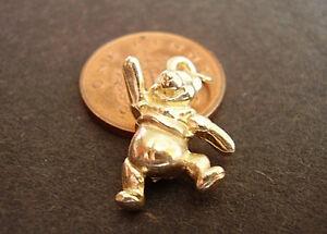 【送料無料】ネックレス ゴールドプークマウィニーbeautiful 9ct gold winnie pooh bear charm charms