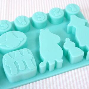 ムーミングッズ。キャラクターの氷やスイーツ作りに♪シリコン製氷皿ムーミン アイスキュービッ...