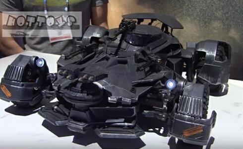 1/6MATTEL◎巨大!超精密ラジコンカー!バットマンvsスーパーマンバットモービル/バットモービルバットマンvsスーパーマンジャスティスの誕生【予約商品】