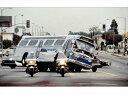 ミニカー1/43GREENLIGHTキアヌ・リーブスとサンドラ・ブロックが共演した映画スピードのバス1960 GM New Look Bus LA #2525アメ車予約商品