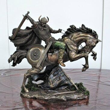 バイキング像 置物 馬 ブロンズ風 バイキング戦士 オブジェ 騎馬 ホース アニマル おしゃれ 店舗什器 オーナメント インテリア 雑貨 アンティーク モダン ヨーロピアンヨーロピアン レトロ クラシック 父の日 プレゼント