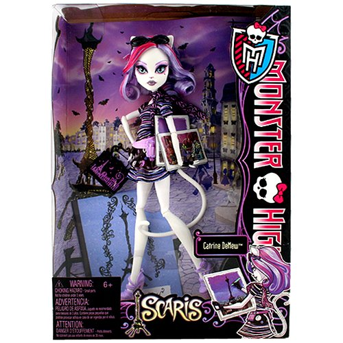 monster high travel catrine demew. Black Bedroom Furniture Sets. Home Design Ideas