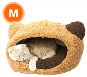 猫の形がキュートなふかふかハウスベッドです。モコモコふわふわの手触りでペットも安心の寝心...