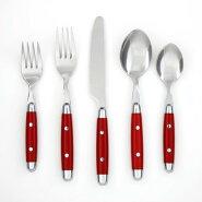カラフルで遊び心のあるデザインのスプーンフォークナイフ
