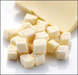 """""""乳""""の栄養素を凝縮ふわふわサクサクの本物のチーズです。【i Dog/アイドッグ セレクト ドッ..."""