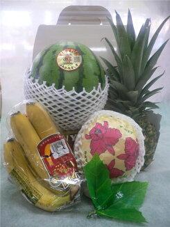 フルーツアレンジメント(果物詰め合わせボックス)