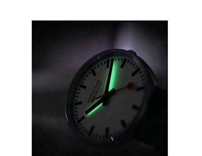 モンディーン☆MONDAIN☆ミニジャイアント バックライト35レッド☆Mini Giant BackLight☆スイス製☆正規品☆2年保証☆MSX.3511B.LC 【MSX3511BLC】【あす楽】