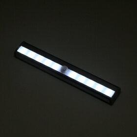 LED夜間人感センサー