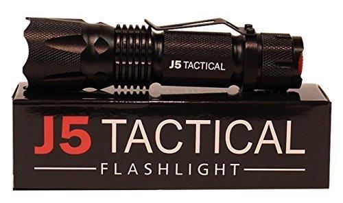 J5 Tactical V1-PRO 300 ルーメン ウルトラブライトフラッシュ コンパクト ライト 単3使用 アウトドア キャンプ 釣り フィッシング(並行輸入品)