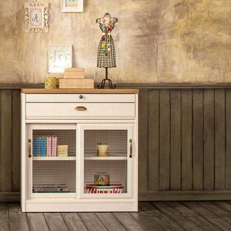 パイン天板のフレンチカントリー調の食器棚  木目ホワイト K-800L クリチコ食器棚 日本製 国産ユーアイ クリチコ 完成品 完成家具 ビンテージ風 アンティーク調:女性のための家具 イマジュ