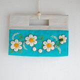 【手刺繍入り】お花刺繍のクラッチバッグ(ペルー製)