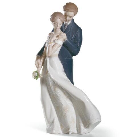 リヤドロ 幸せのはじまり 01008274 LLADRO 結婚祝い ブライダル 【ポイント最大35倍!スーパーセール】:Import Fan