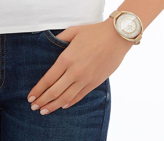 スワロフスキー クリスタリン オーバル ゴールド トーン ウォッチ 5158972 Swarovski Crystalline Oval Gold Tone Watch □