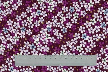 ちりめんカットクロス金彩。生地約23cm×約33cm。桜