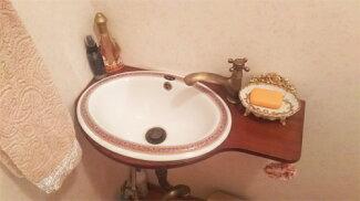 【Eセット61】アンティーク調のかわいい小さい洗面台、ブラケット、陶器洗面ボウル、単水栓、トラップの洗面台セット