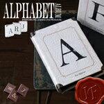 ヴィンテージのような風合いとアルファベットデザインがオシャレなアルバム。Alphabet・L[アル...