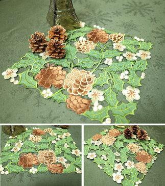 ドイリー 花瓶敷き 約25×25cmクリスマス 松ぼっくりの刺繍 インテリアメール便で送料サービス
