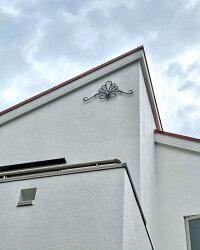 シンデレラのティアラ(アルミ製妻飾り)妻飾りブラック専用ビス付き錆びない壁飾り飾りおしゃれ素敵ブルーティアラ妻壁軽い新築リフォーム店舗洋風住宅プロバンス南仏南欧