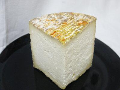 チーズ ロッコロ  約500~700g イタリア ロンバルディア産 【100g当たり564円で再計算】