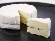 チーズオルトラントリュフ入りチーズ135gフランス産