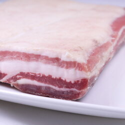 VISMARAヴィスマラパンチェッタテサ(板状)イタリア産約1kg〜1.5kg【100g当たり556円で再計算】