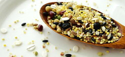十五穀米(ひえ、あわ、いなきび、たかきび、アマランサス、押麦、玄米、青豆、黒豆、小豆、大豆、黒米、赤米、そばの実、もち玄米)