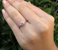 婚約指輪プラチナピンクダイヤモンドリング