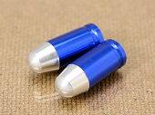 エアバルブキャップバレット(弾丸)2個セットブルー