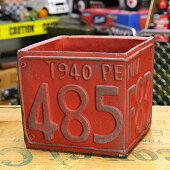 プランター(鉢)アメリカンアンティークナンバープレートレッドサイズS