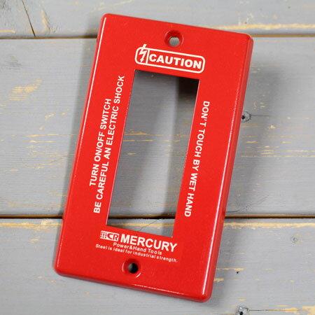 マーキュリー スイッチプレート スイッチカバー コンセントカバー コンセントプレート スチール製 オシャレ アメリカ アメリカン雑貨 MERCURY 3ヶ口 レッド 【メール便OK】_MC-MESWPL3R-MCR