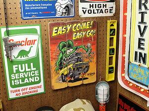 ラットフィンクポスターサインボードアンティーク調木製RatFinkEASYCOMEの使用例