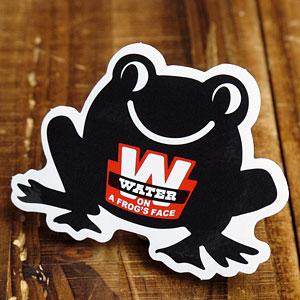 ステッカー 車 アメリカン おしゃれ バイク ヘルメット かっこいい ことわざ カーステッカー 蛙 動物 「蛙の面に水」 【メール便OK】_SC-PS206-SXW