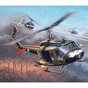 1/100 ベル UH-1H ガンシップ 【04983】 ドイツレベル
