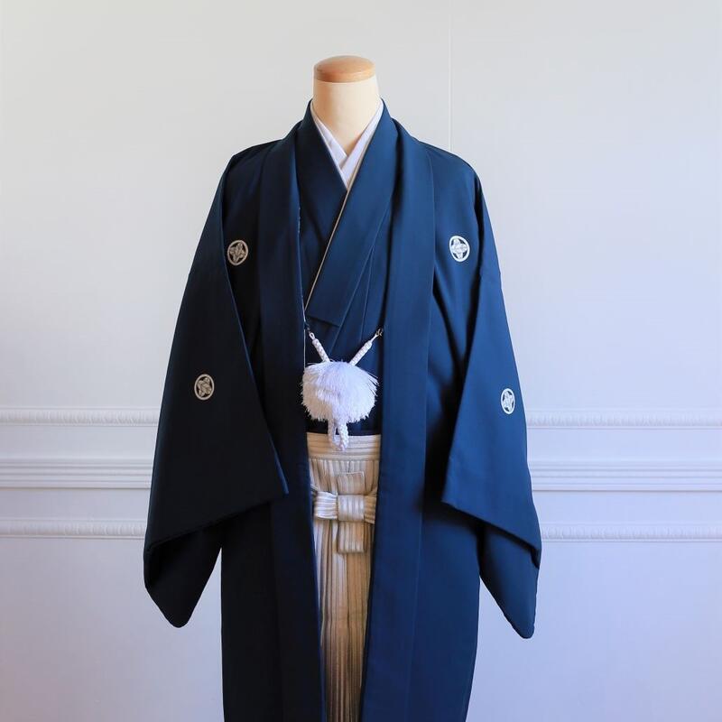 12【レンタル】羽織(紺)・袴(シルバーぼかし縞)フルセット【送料無料】和装 神社 ブライダル 着物 結婚式 前撮り 後撮り 卒業式 成人式
