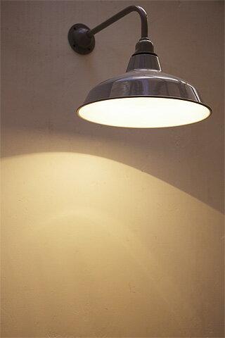 【インダストリアル 照明 ブラケットライト ブラケット 電球セット LED対応 バー カフェ ショップ アンティーク調 アンティーク風】ティンシェードブラケットランプ グレー