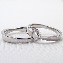 結婚指輪 プラチナ 無限 ペアリング ブライダル マリッジリング Pt900 2本セット 文字入れ 刻印 可能 婚約 結婚式 ブライダル ウエディング ギフト