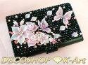 ◆華麗な3Dアートとスワロフスキー【花々とアゲハ蝶】デコ名刺ケースピンク紫パープル
