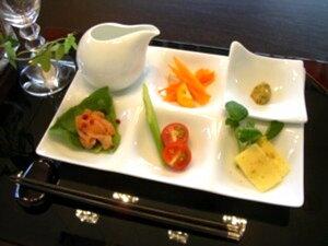 【ランチプレート】グッドデザイン賞受賞の白い食器和・洋・中いろいろなシーンで活躍する小わ...