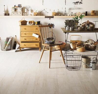 簡単に『ナチュラル部屋』がつくれる。店舗の床 など土足でもOK!丈夫な床材!ホモジニアス 床...